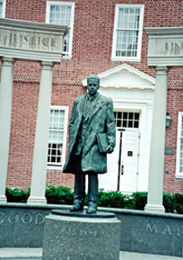 [color photograph of Thurgood Marshall statue,]
